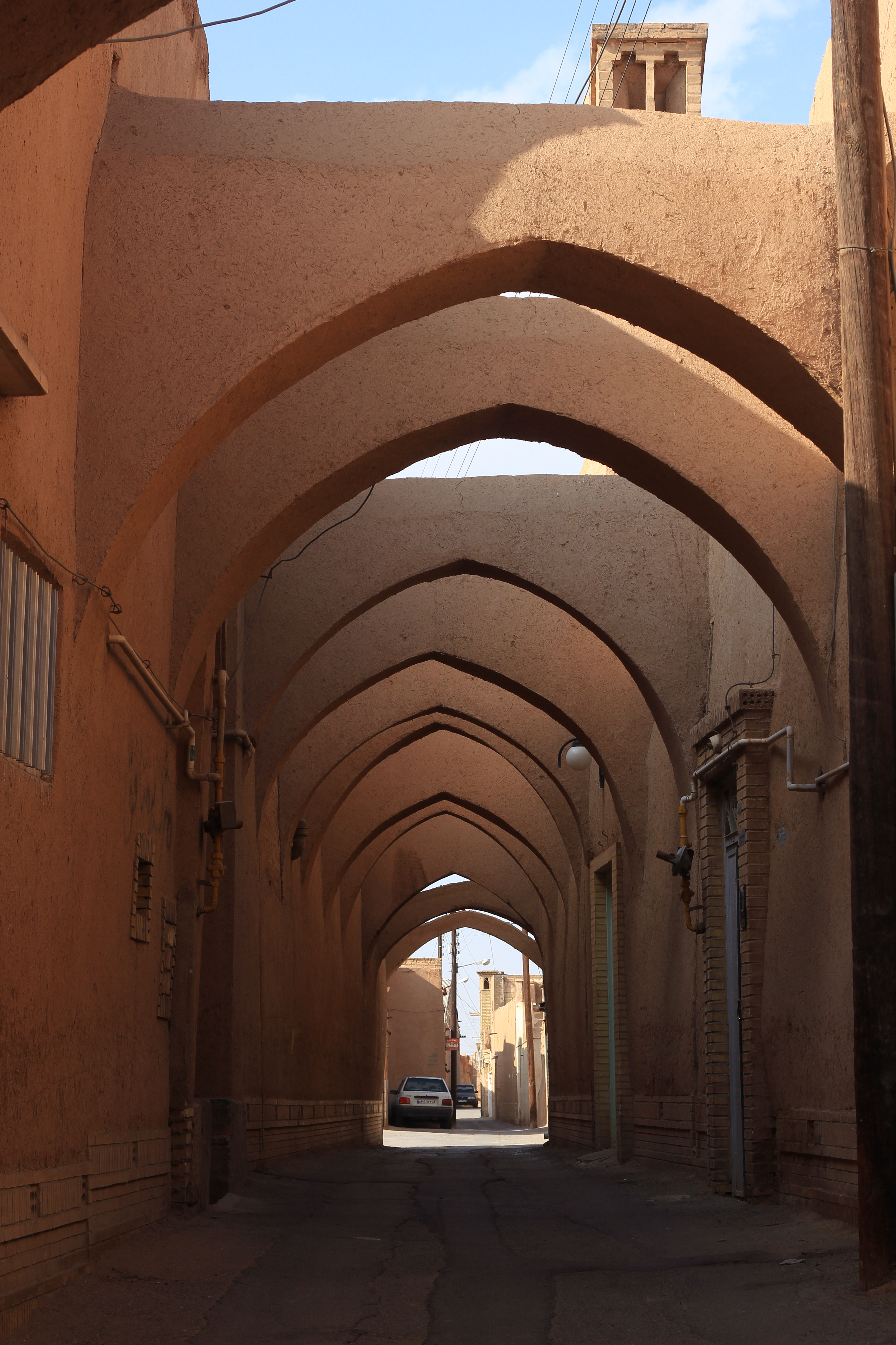 The Sand Colored Maze Known As Yazd Iran New York To Nomad